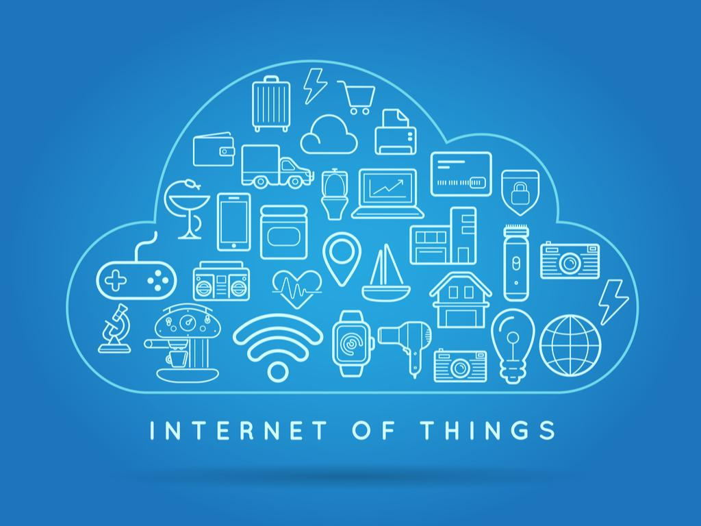 IoT: Cloud or Edge (Security Vs Simplicity)